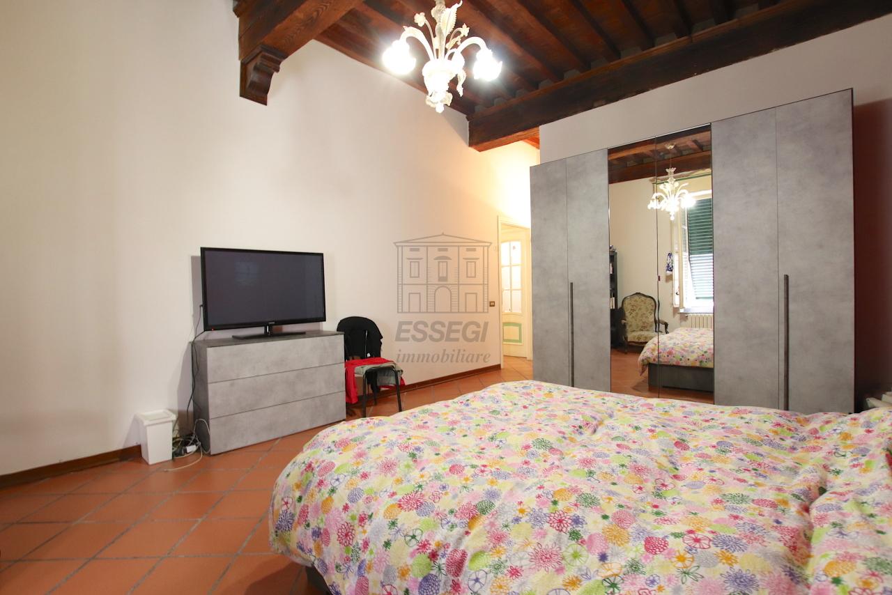 Appartamento Lucca Centro storico IA00362 img 16