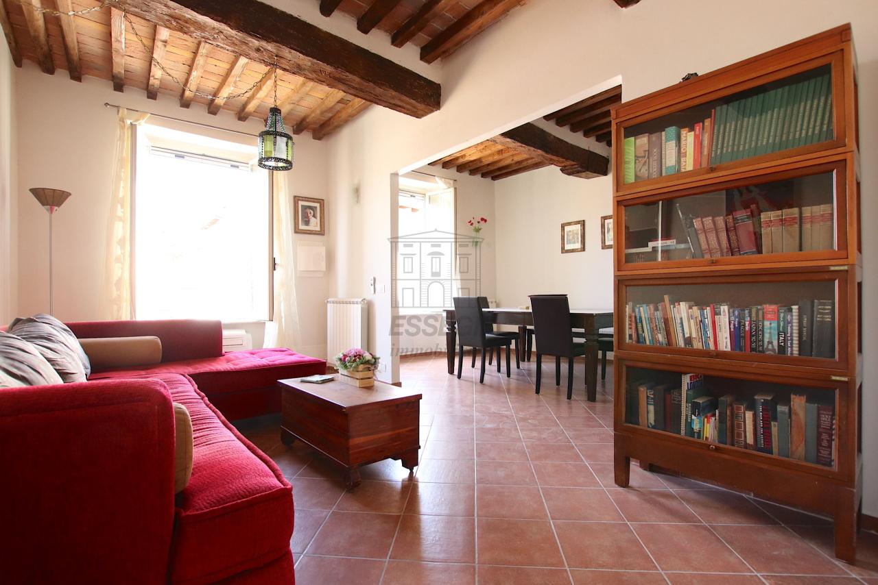 Appartamento Lucca Centro storico IA01844 img 2
