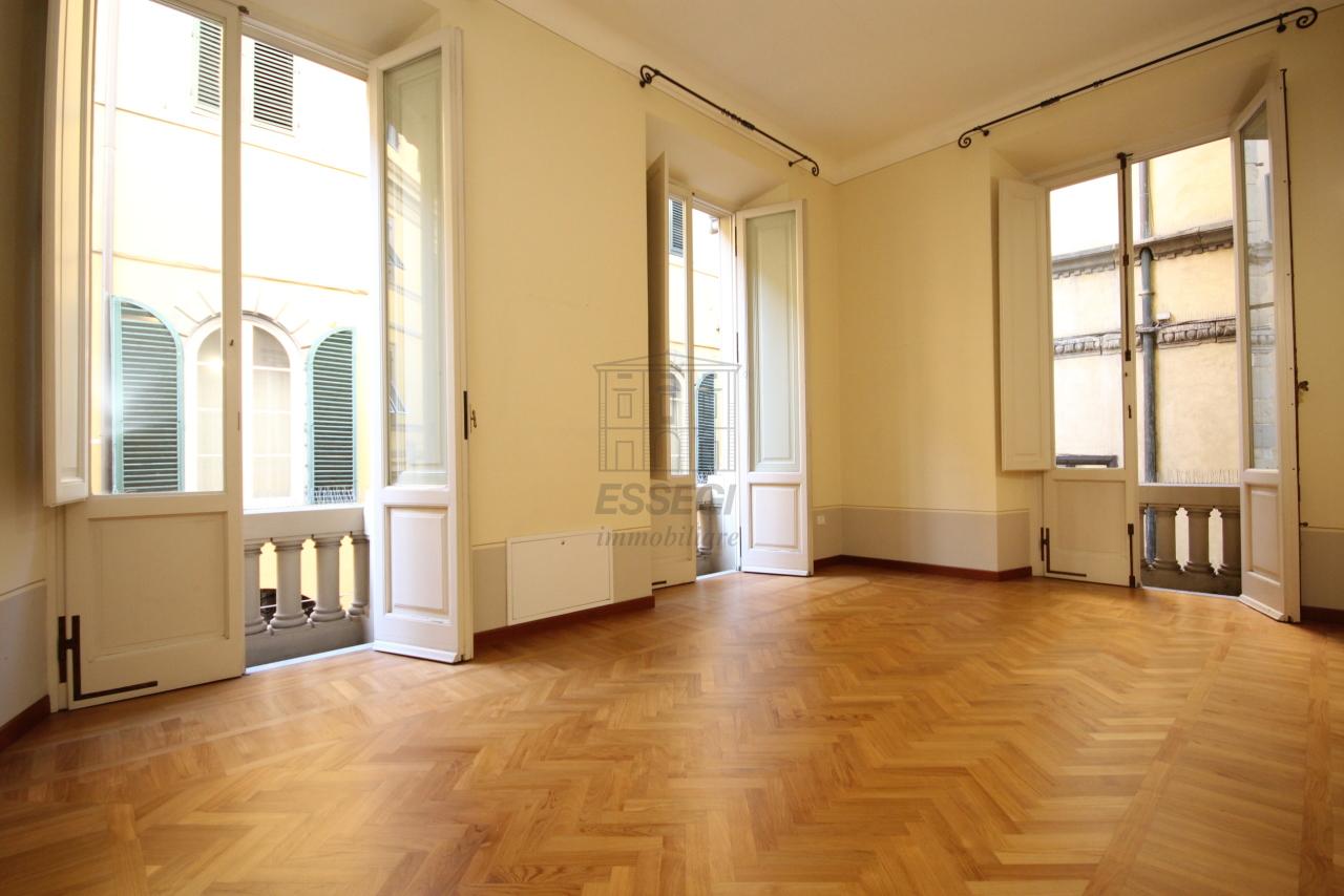 Appartamento Lucca Centro storico IA01207-bis img 3