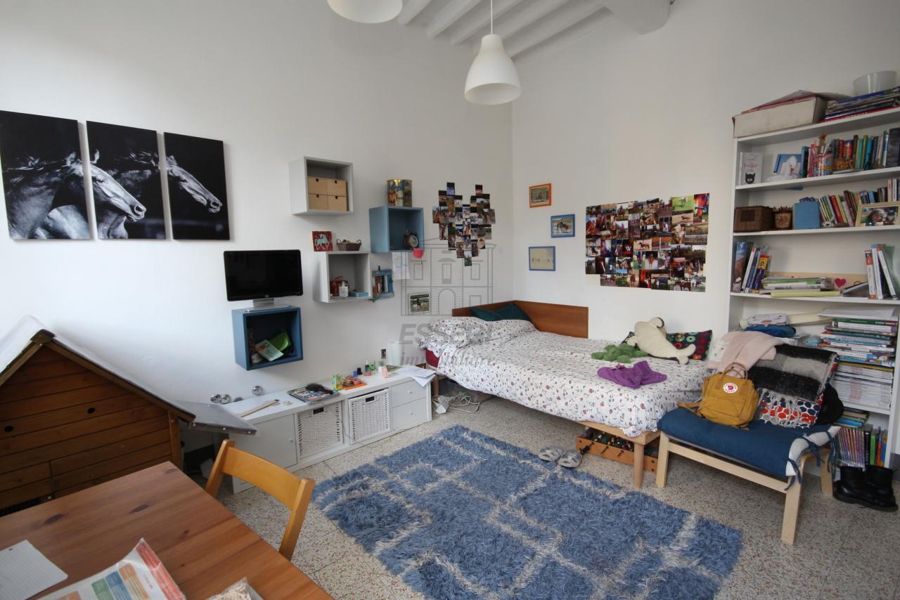 Appartamento Lucca Centro storico IA00610 img 13