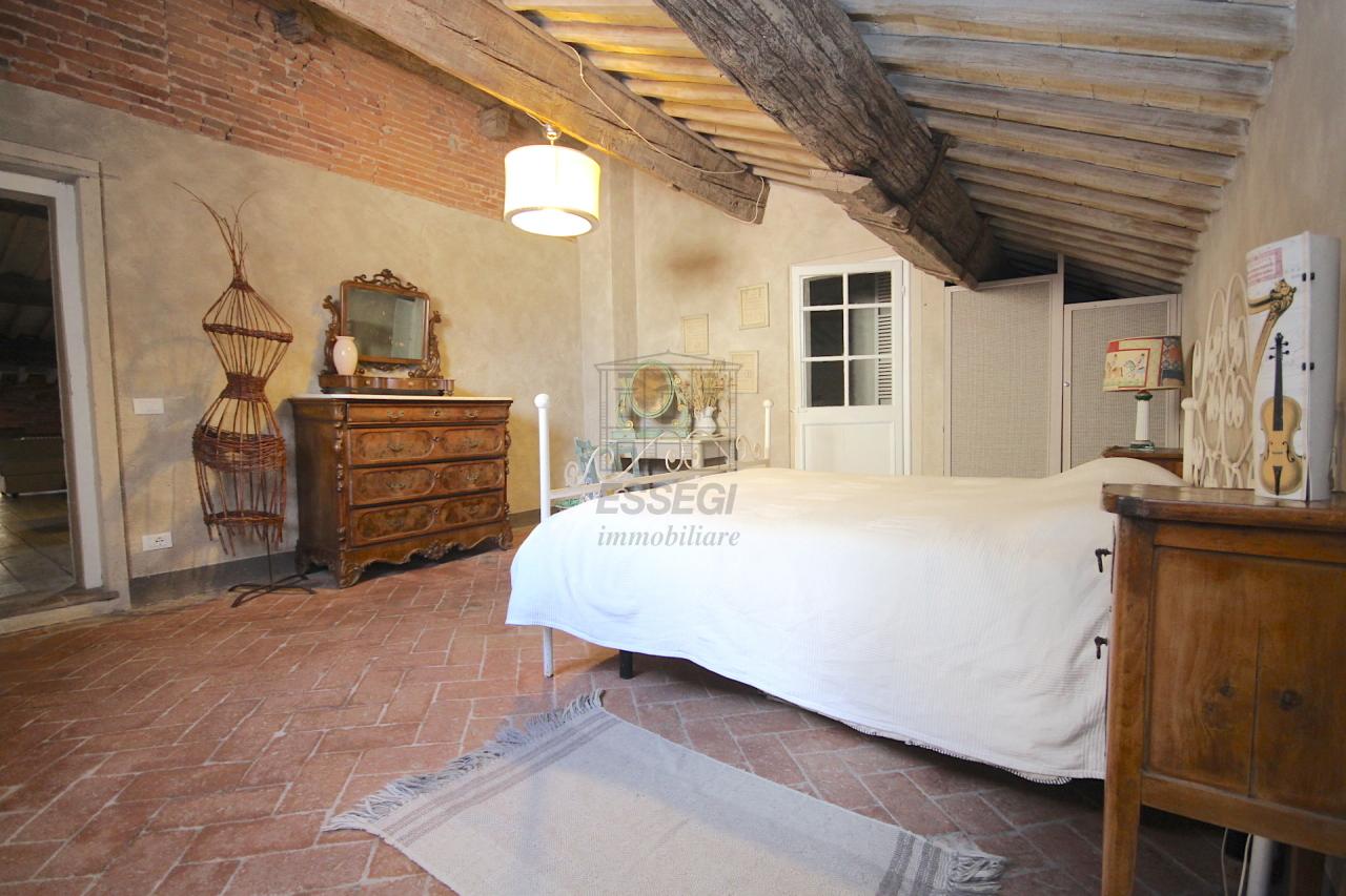 Appartamento Lucca Centro storico IA02850 img 37
