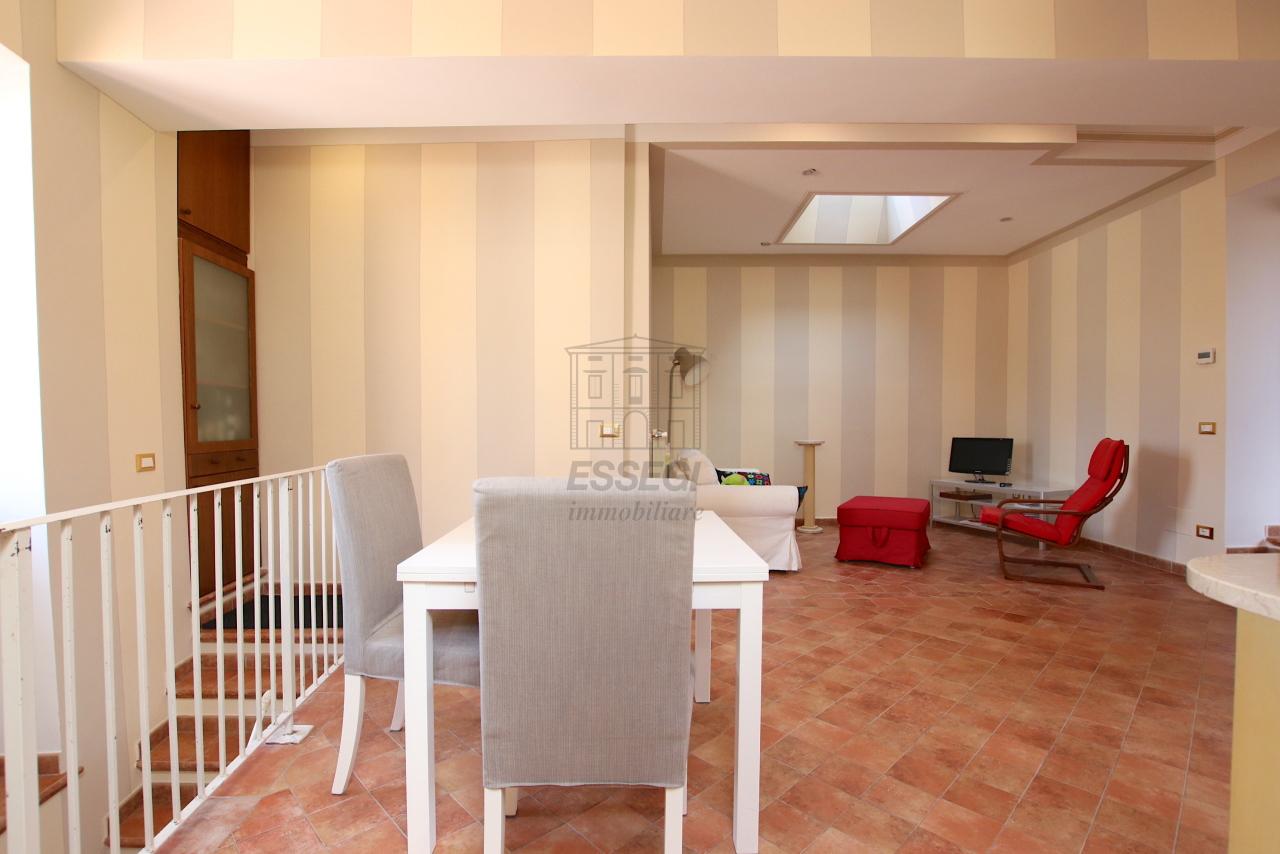 Appartamento Lucca Centro storico IA03545 img 8