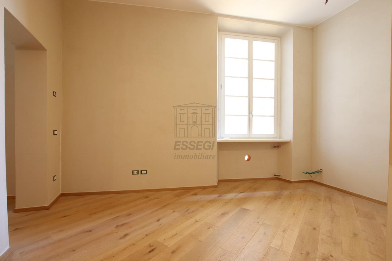 Appartamento Lucca Centro storico IA03509 img 6