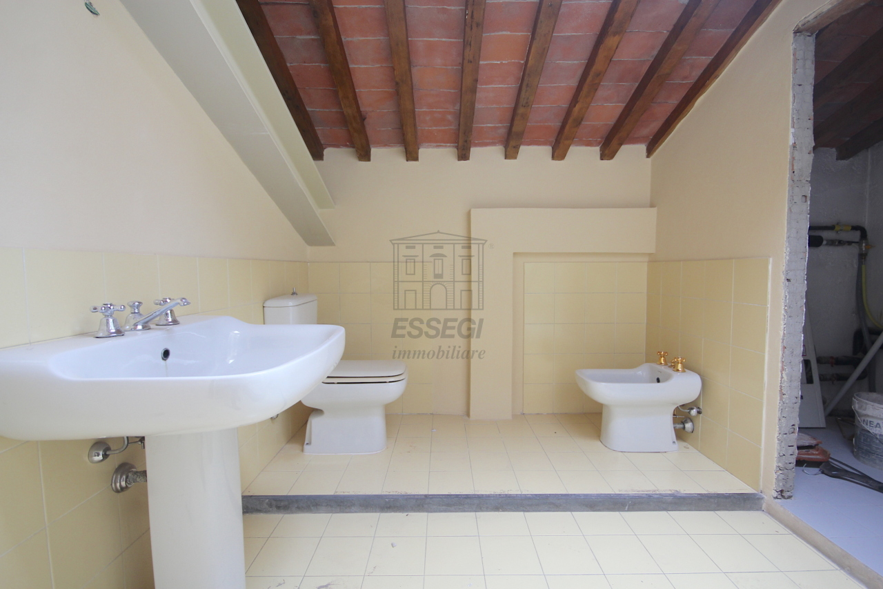 Appartamento Lucca Circonvallazione IA01661 img 25