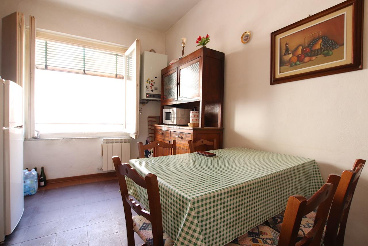 Appartamento Lucca Centro storico IA02084 img 8