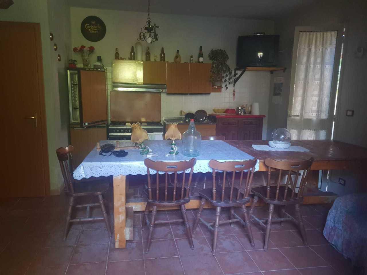 Villa in buone condizioni in vendita Rif. 8197707