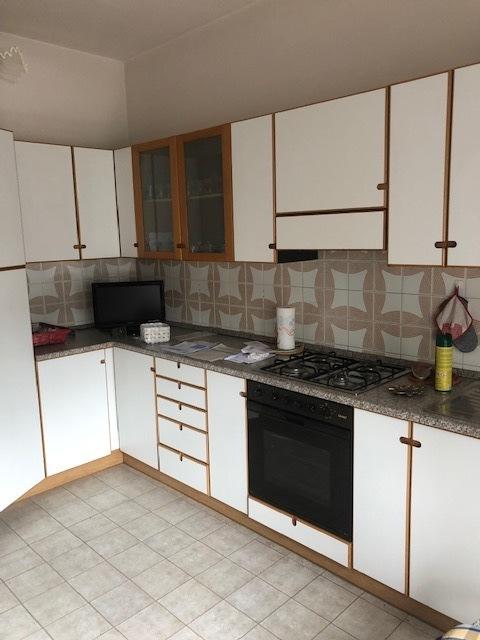 Appartamento in vendita a Lonigo, 5 locali, prezzo € 93.000 | CambioCasa.it