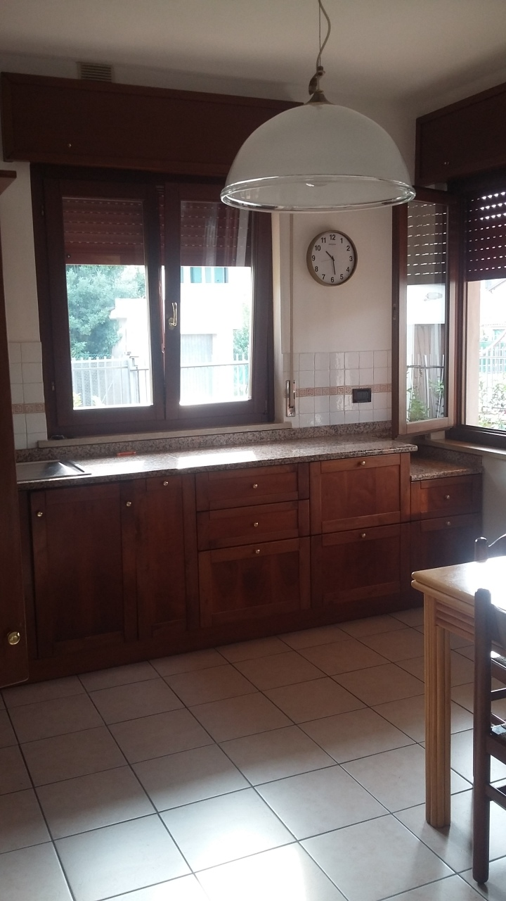 Appartamento  - Appartamento in bifamiliare a Lonigo