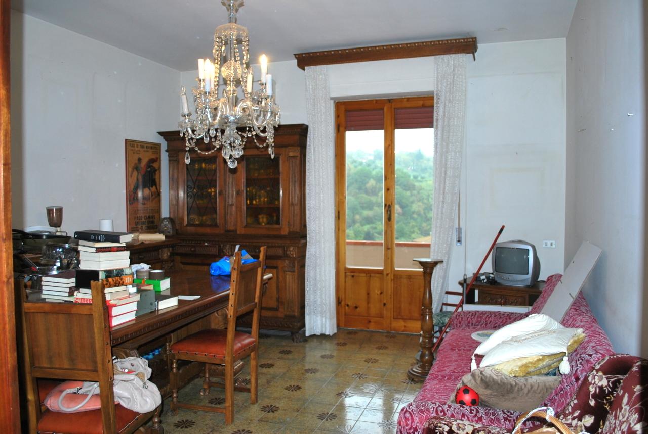 Appartamento in vendita a Dicomano, 4 locali, prezzo € 98.000   PortaleAgenzieImmobiliari.it