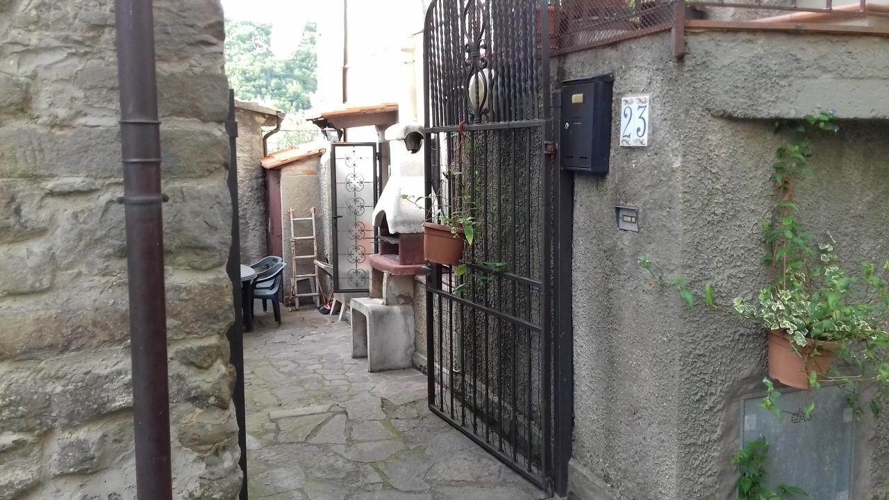Appartamento - 3 vani a Tosi, Reggello