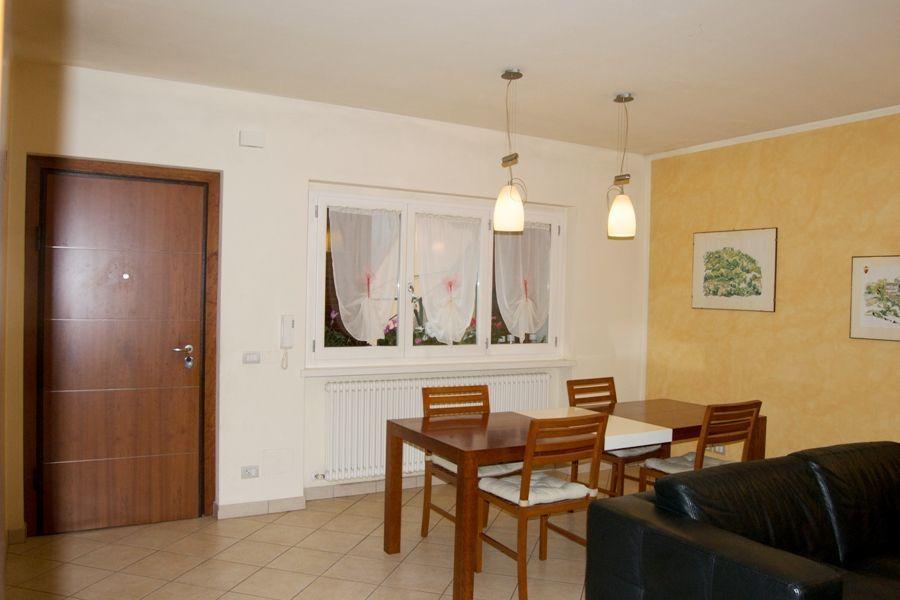 Appartamento in ottime condizioni in vendita Rif. 7732635