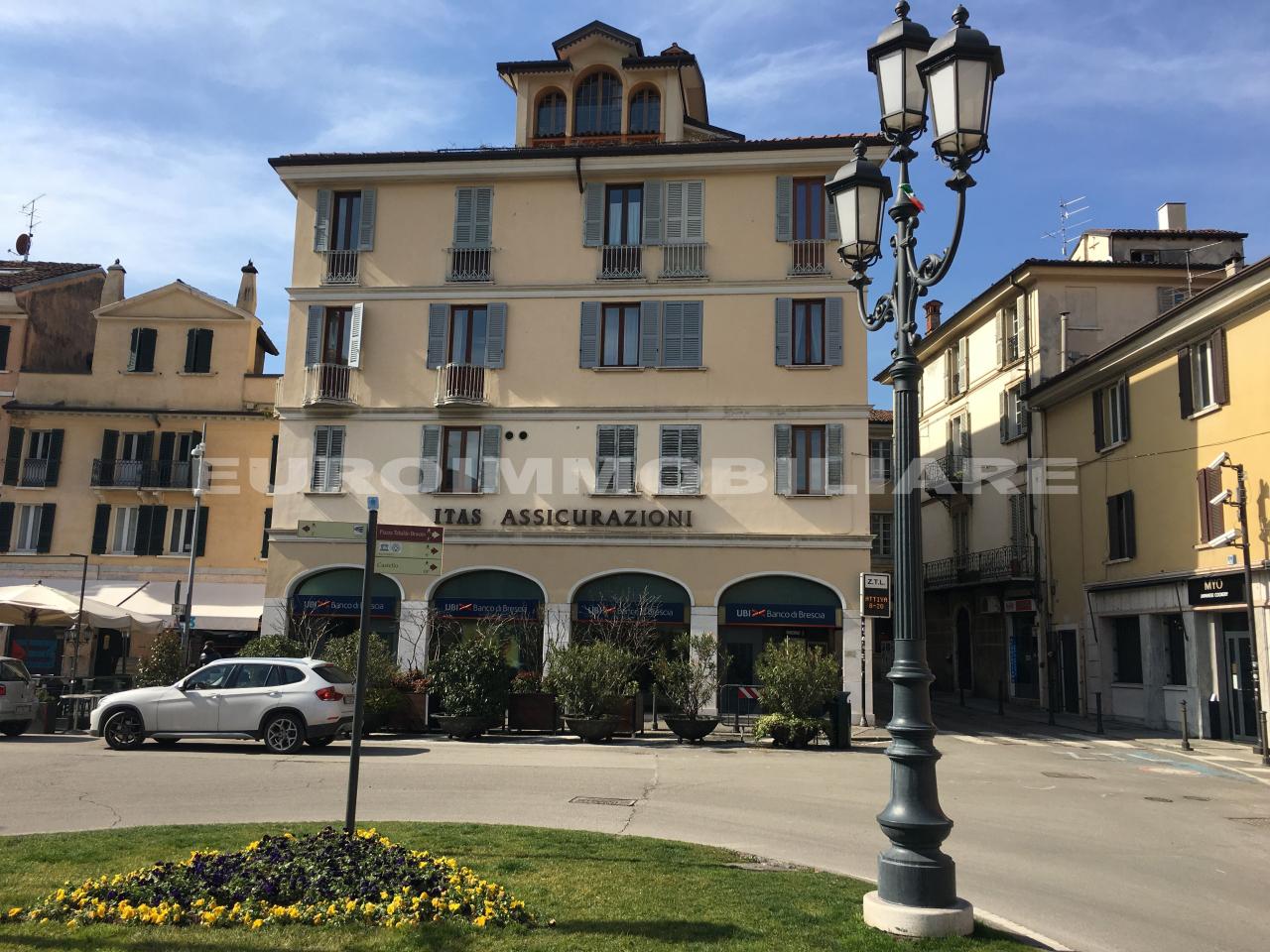 Ufficio / Studio in affitto a Brescia, 5 locali, prezzo € 1.800 | CambioCasa.it