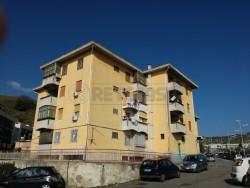Quadrilocale in Vendita a Messina, 58'000€, 115 m²