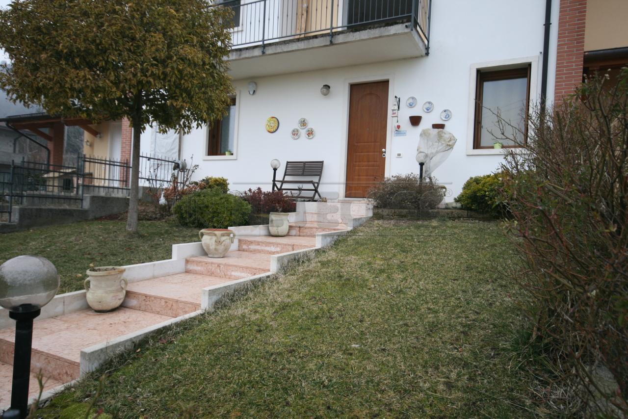 Appartamento in vendita a Roncà, 6 locali, prezzo € 175.000 | CambioCasa.it