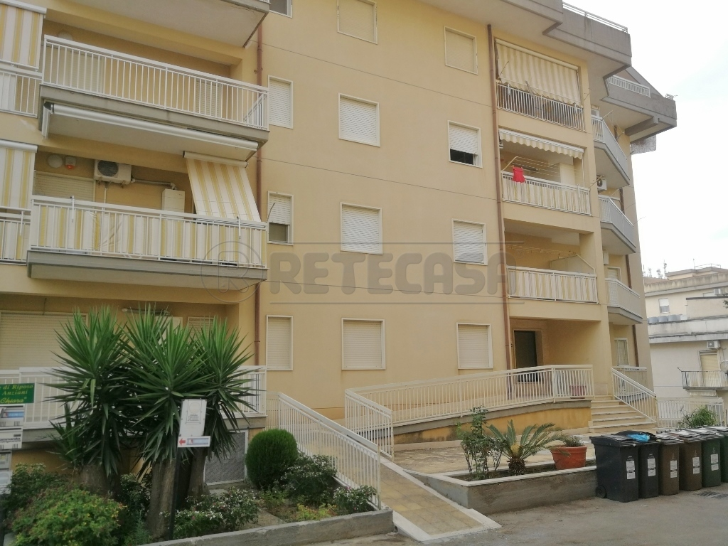 Appartamento in affitto a Caltanissetta, 2 locali, prezzo € 350 | CambioCasa.it