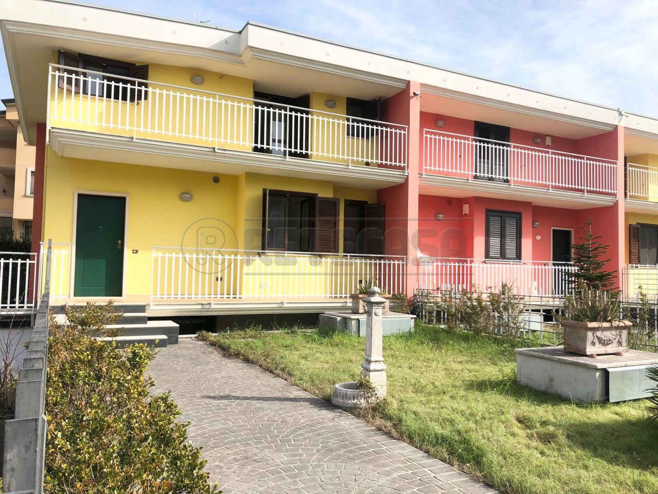 Villa a Schiera in vendita a Castel San Giorgio, 6 locali, prezzo € 375.000 | CambioCasa.it