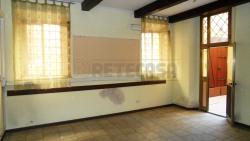 Immobile commerciale in Affitto a Mantova, zona Centro Storico, 1'100€, 90 m²