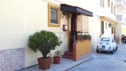 Villa in Vendita a Alezio, zona ALEZIO, 125'000€, 105 m², con Box