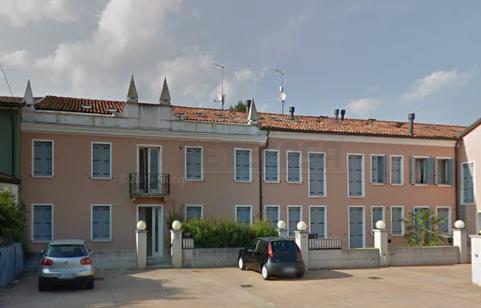 Appartamento da ristrutturare in vendita Rif. 11365232
