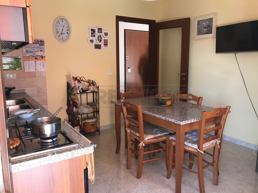 Appartamento in buone condizioni in vendita Rif. 10538089