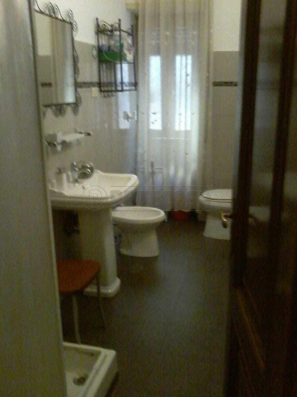 Appartamento in vendita a Roma, 3 locali, prezzo € 215.000 | CambioCasa.it