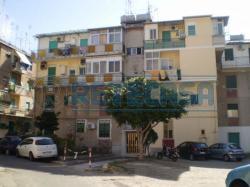 Quadrilocale in Vendita a Messina, zona Centro-Nord, 80'000€, 110 m²