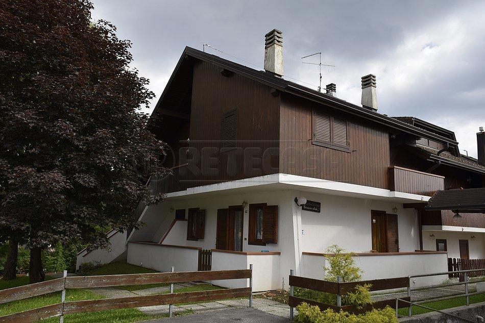 Appartamento in vendita a Roana, 4 locali, prezzo € 120.000   CambioCasa.it
