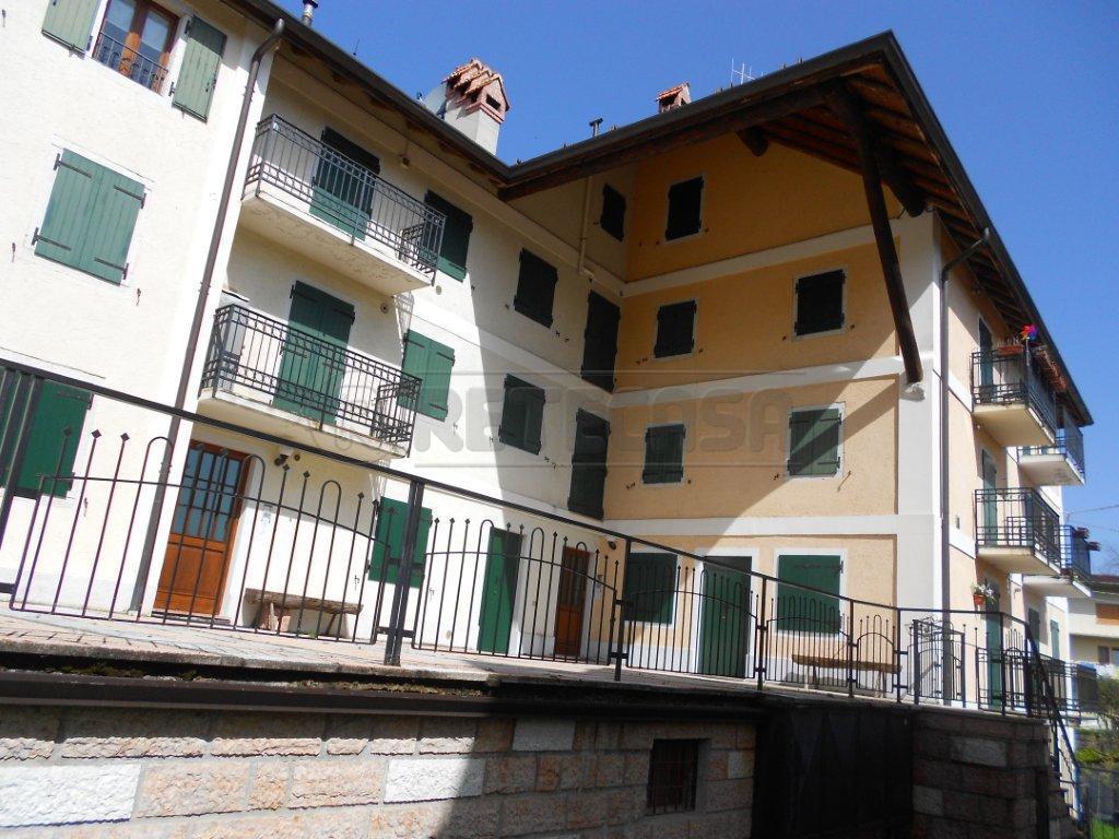 Appartamento in vendita a Roana, 4 locali, prezzo € 79.000 | CambioCasa.it