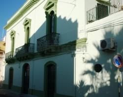 Villa in Vendita a Alezio, 450'000€, 480 m²