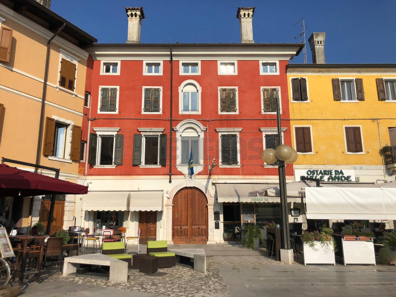 Appartamento in affitto a Palmanova, 7 locali, prezzo € 590 | CambioCasa.it