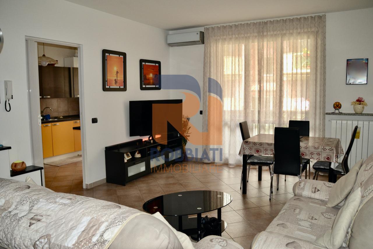 Appartamento in vendita a San Martino Siccomario, 3 locali, prezzo € 133.000 | PortaleAgenzieImmobiliari.it
