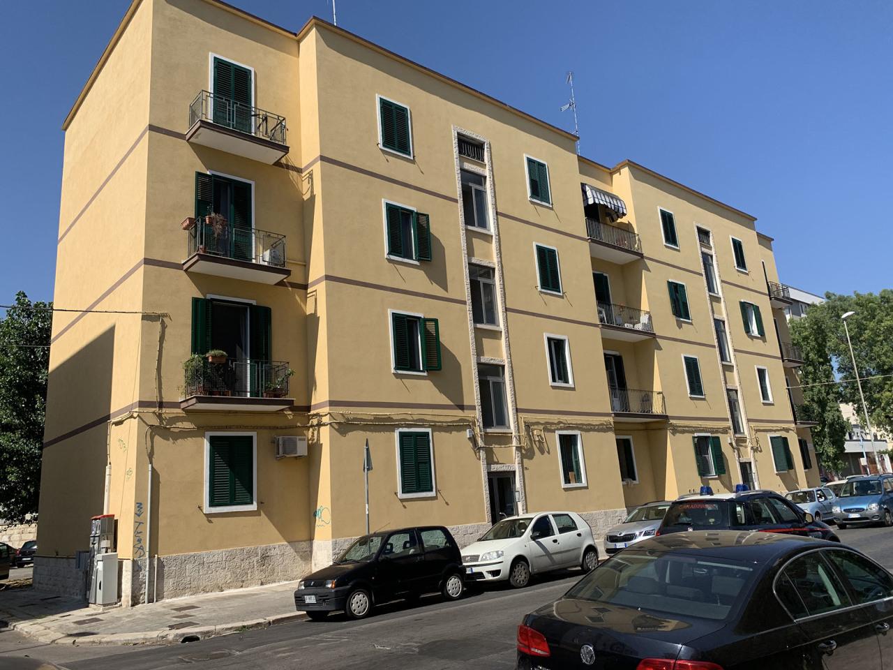 Appartamento in ottime condizioni in vendita Rif. 10702140