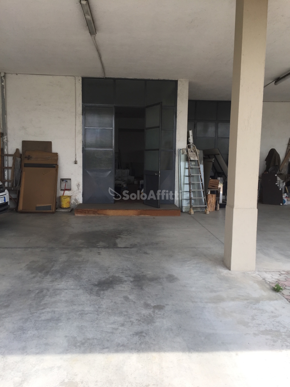 Magazzino in affitto a Cabiate, 1 locali, prezzo € 1.000   PortaleAgenzieImmobiliari.it