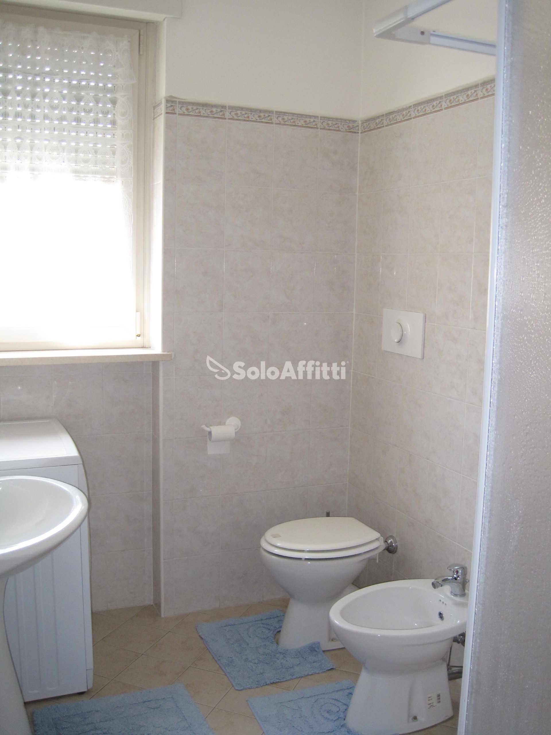 Affitto appartamento monolocale arredato 45 mq for Appartamento arredato milano