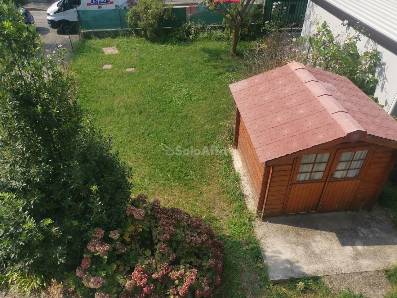 Appartamento in affitto a Saronno, 2 locali, prezzo € 600 | PortaleAgenzieImmobiliari.it