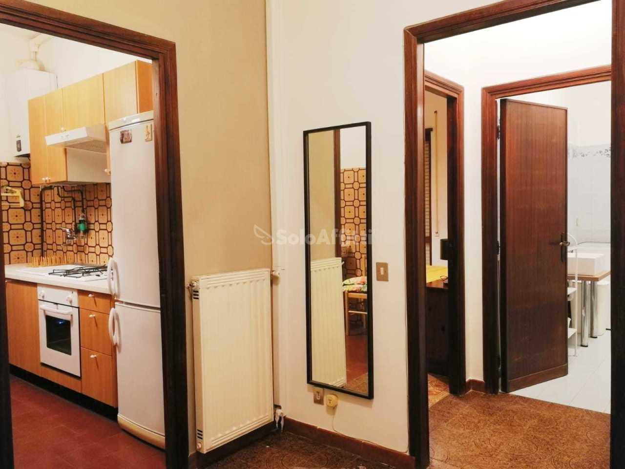 Monolocale in buone condizioni arredato in affitto Rif. 11674340
