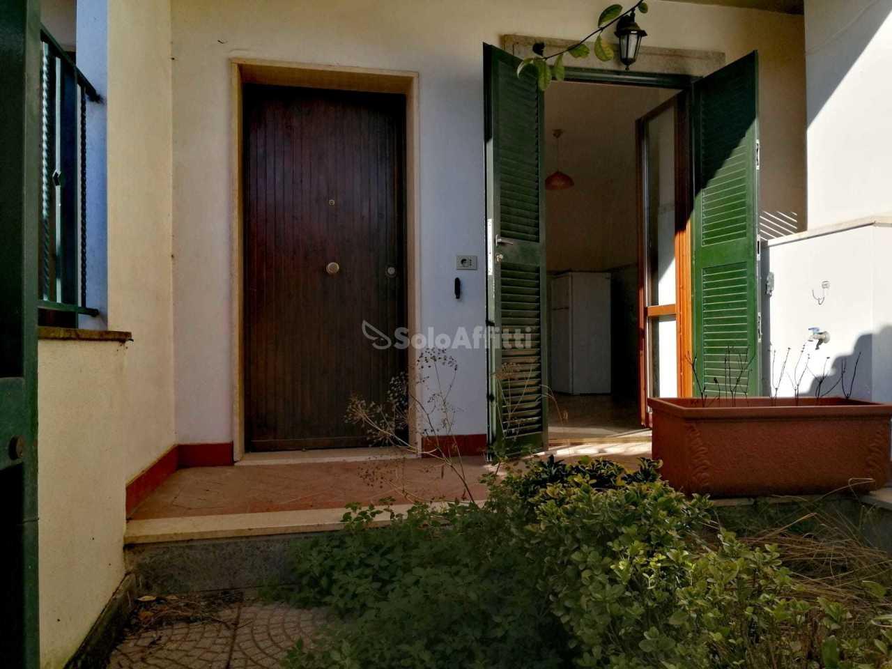 Trilocale in ottime condizioni in affitto Rif. 11632983