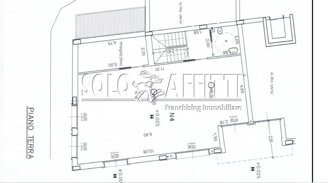 Fondo/negozio - 4 vetrine/luci a Cantalupo, Cerro Maggiore Rif. 10694971