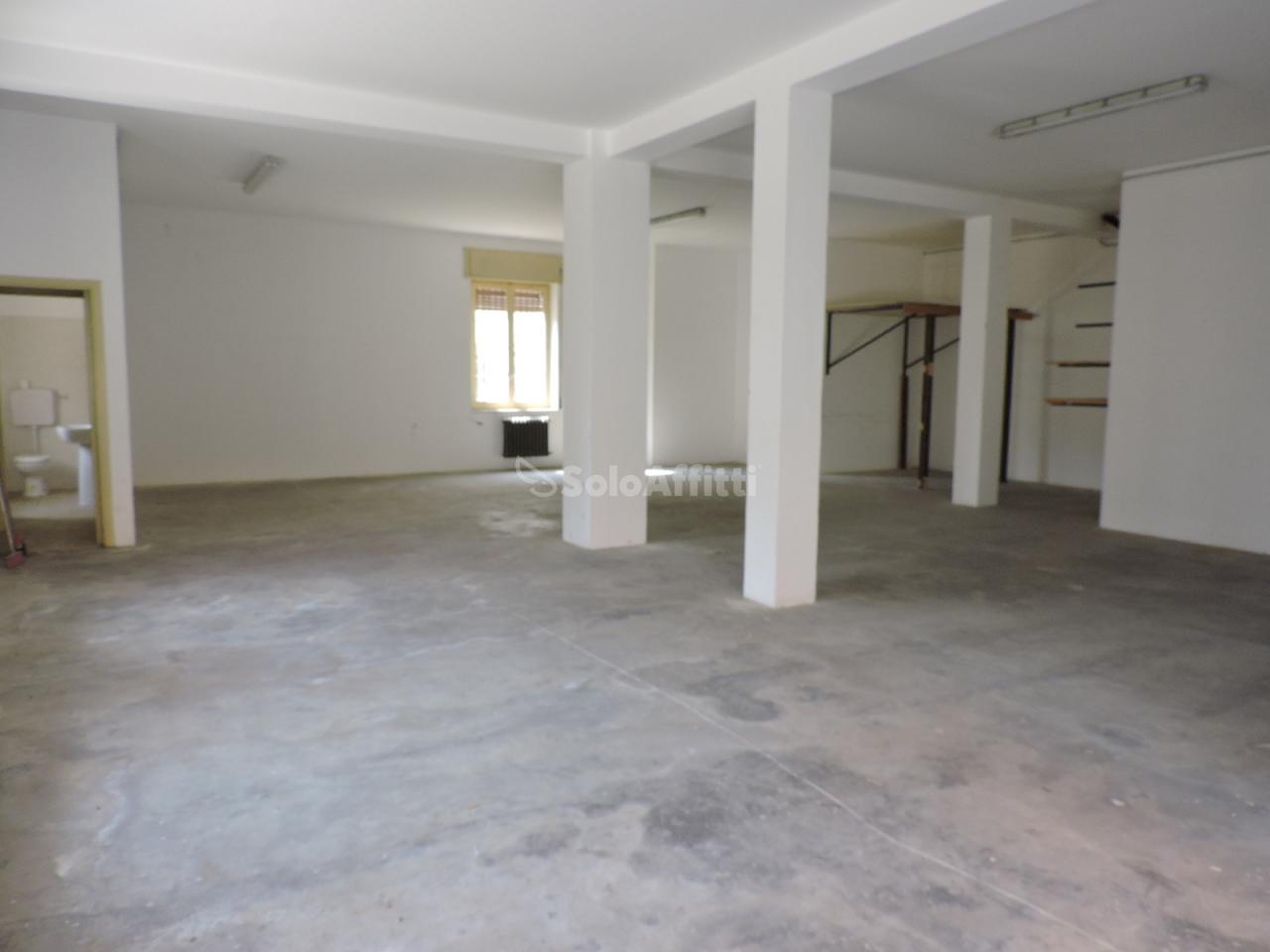 Magazzino a Villa Raspa, Spoltore Rif. 9552223