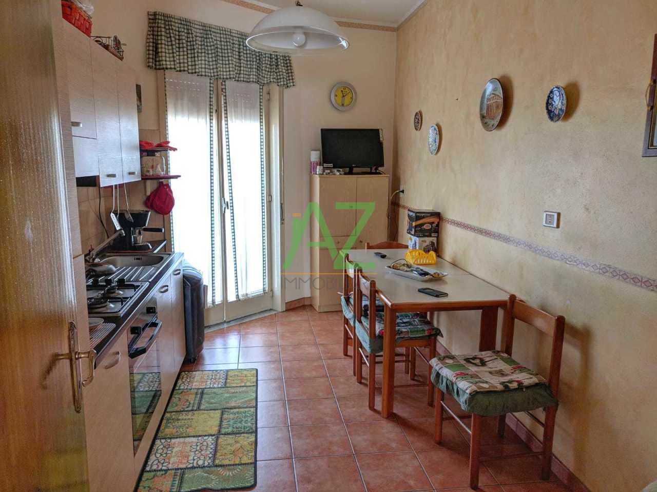 Appartamento in buone condizioni in vendita Rif. 8502416
