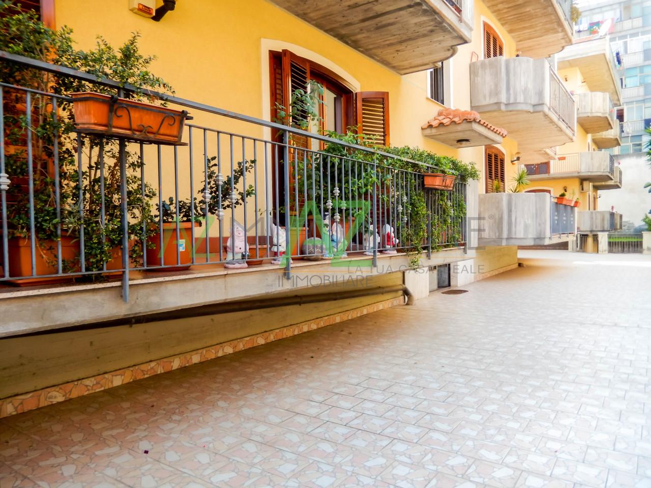 Appartamento in ottime condizioni in vendita Rif. 7516406