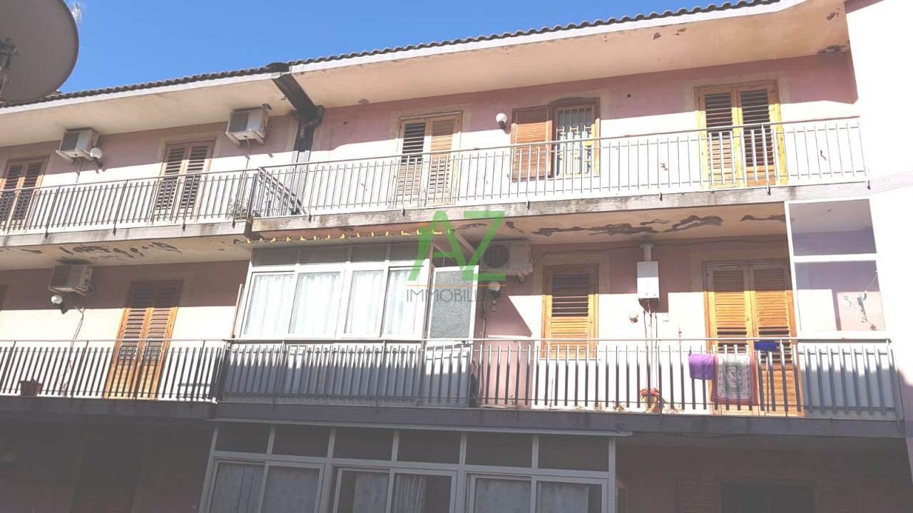 Appartamento in buone condizioni in vendita Rif. 7055152