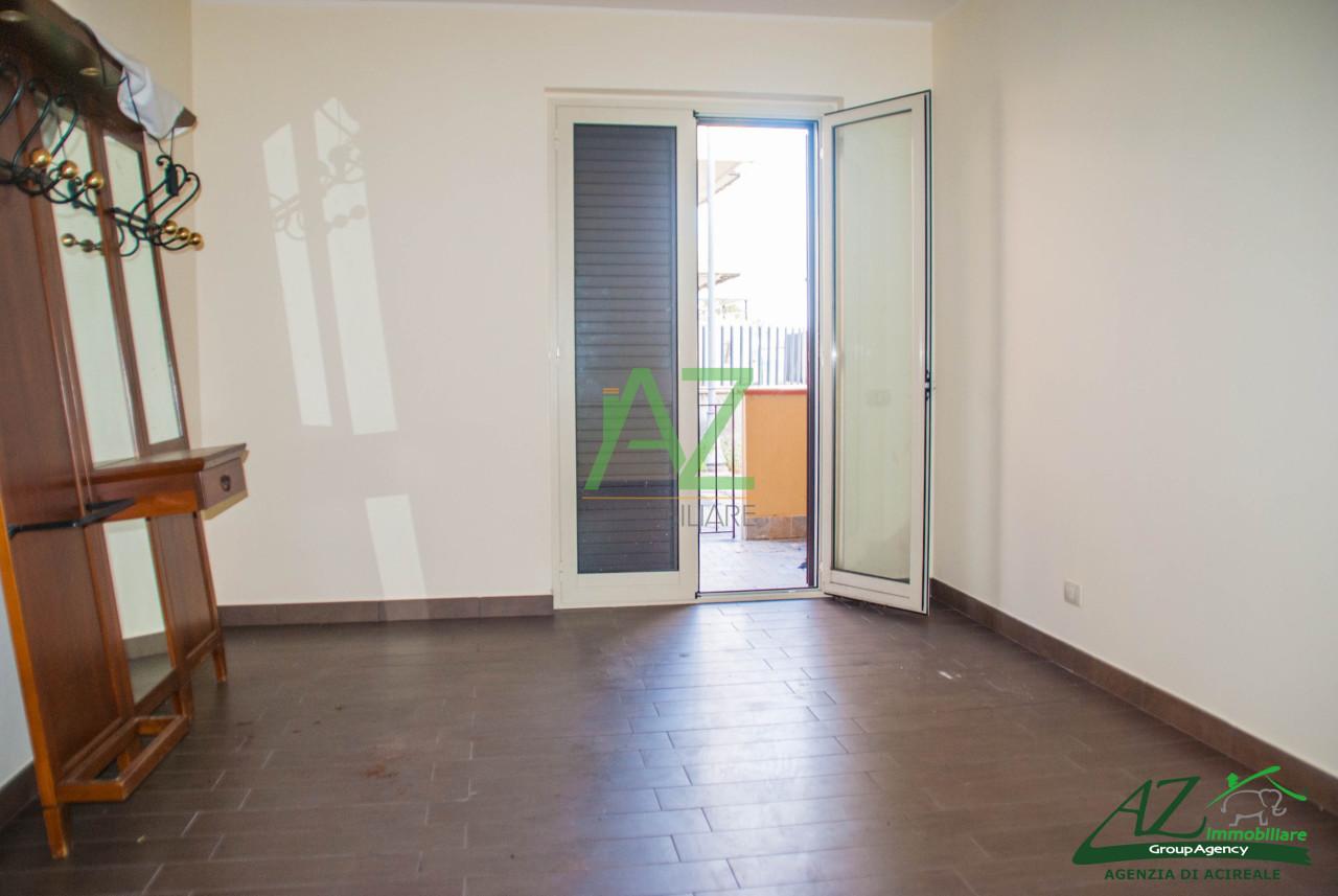 Appartamento in vendita a Acireale, 2 locali, prezzo € 75.000 | PortaleAgenzieImmobiliari.it