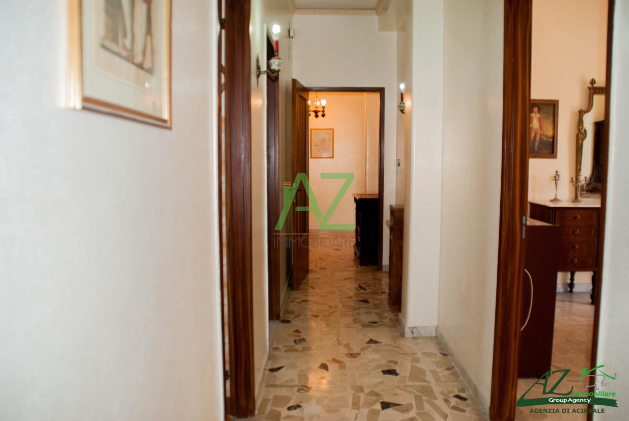 Appartamento da ristrutturare in vendita Rif. 8518279