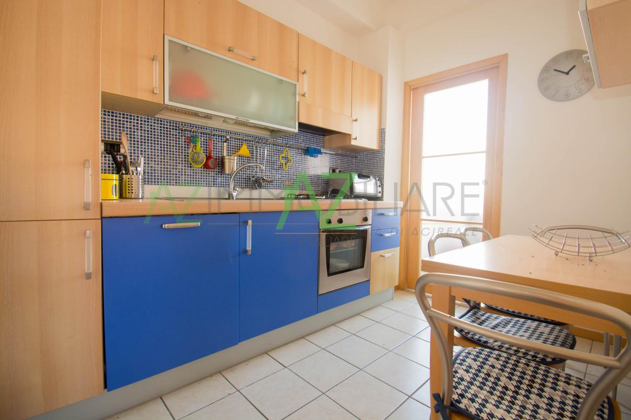 Appartamento - con Garage a Stazzo, Acireale