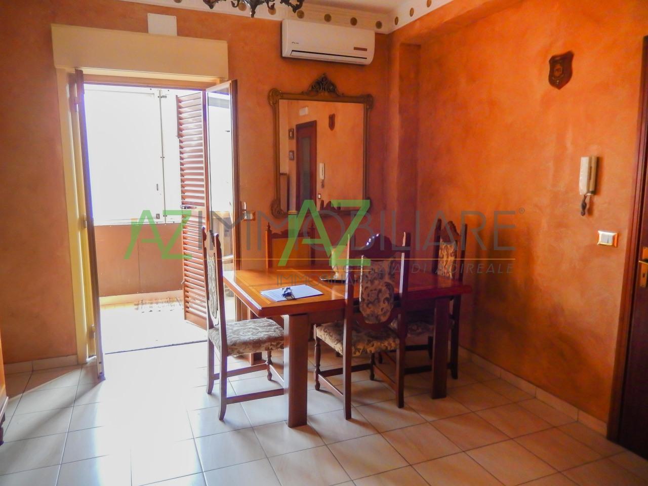 Appartamento in buone condizioni in vendita Rif. 4492761