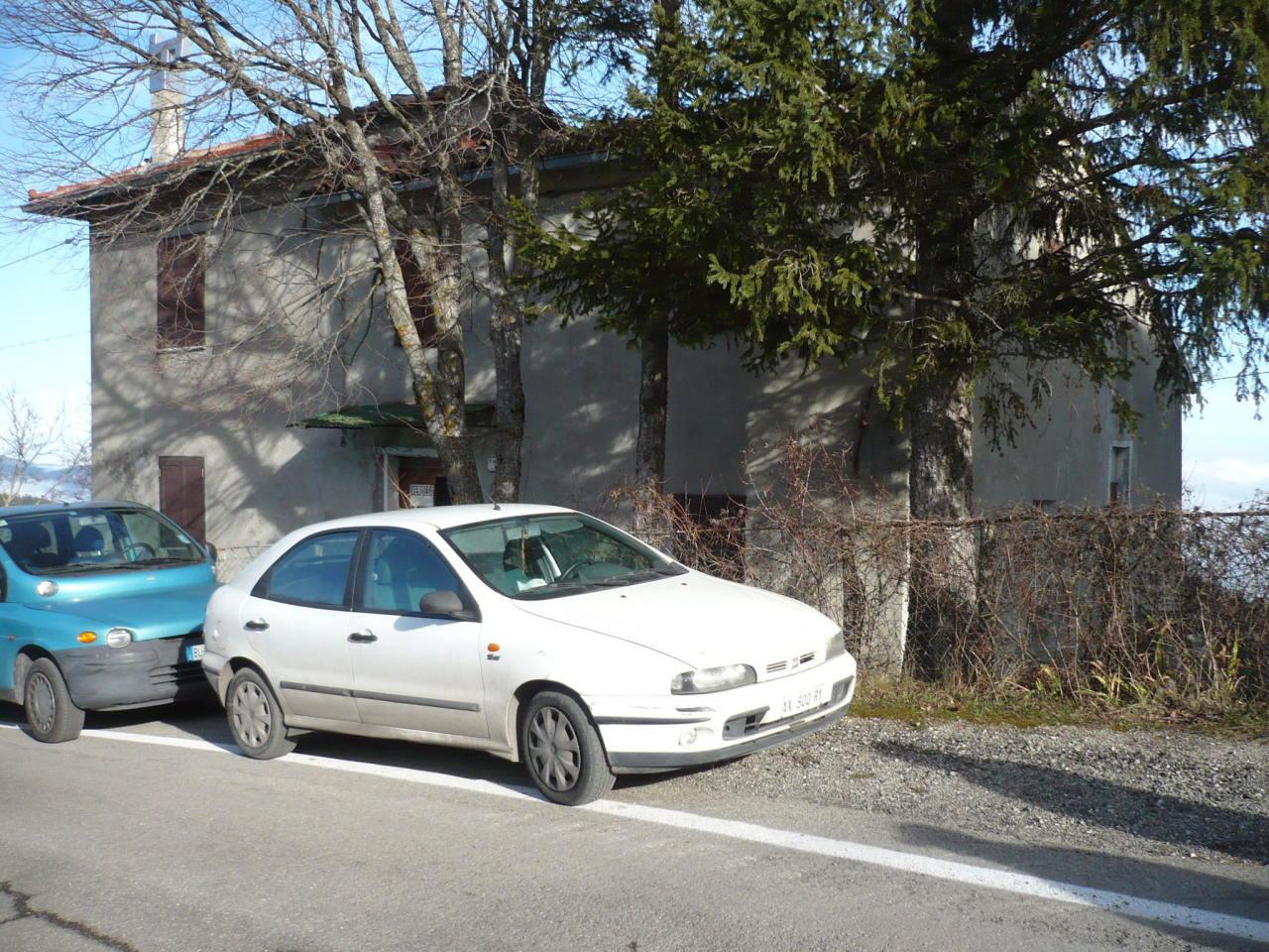 Casa Indipendente in discrete condizioni in vendita Rif. 10484576