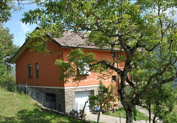 Villa in buone condizioni in vendita Rif. 7856095