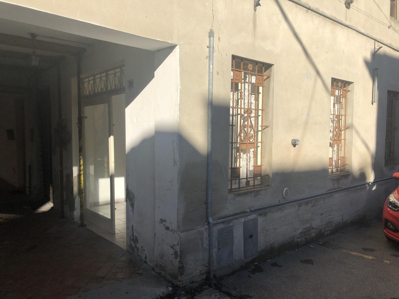 Commerciale - Una vetrina a San Secondo Parmense Rif. 12201062