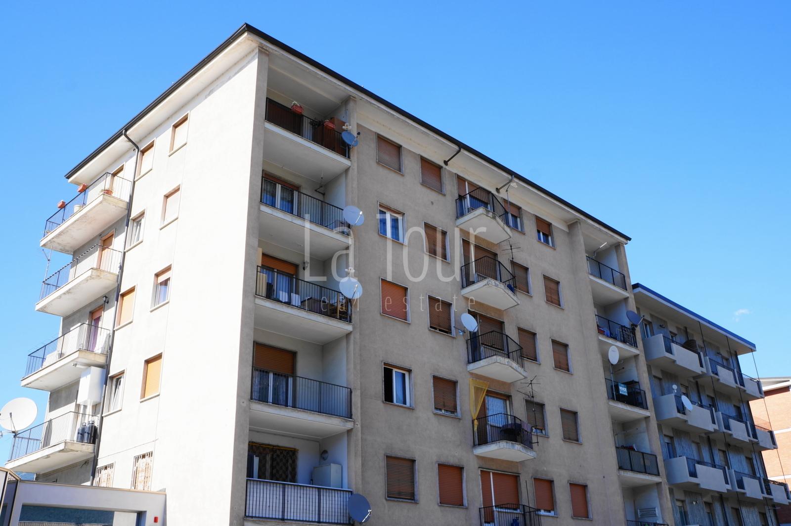 trilocale in vendita Aosta semi-centro